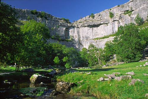 Malham Cove, Yorkshire Dales, Photo copyright © Paul Heaton